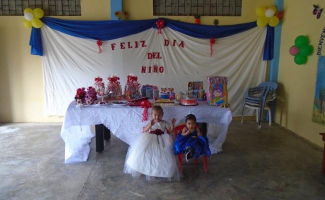 FESTEJO A LOS NIÑOS DE NUESTRA PARROQUIA.